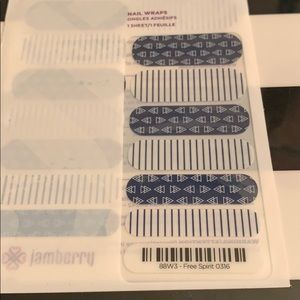Jamberry wrap- Free Spirit